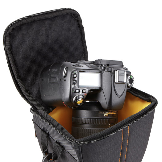tui-xach-may-anh-case-logic-SLR-Camera-Holster-1