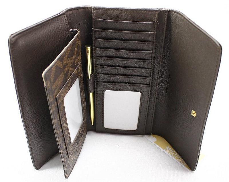 vi-mk-checkbook-wallet-3