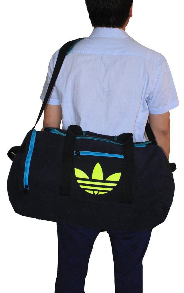 tui-du-lich-adidas-954-1