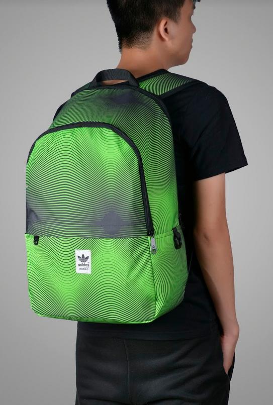 balo-adidas-graphics-essentials-7