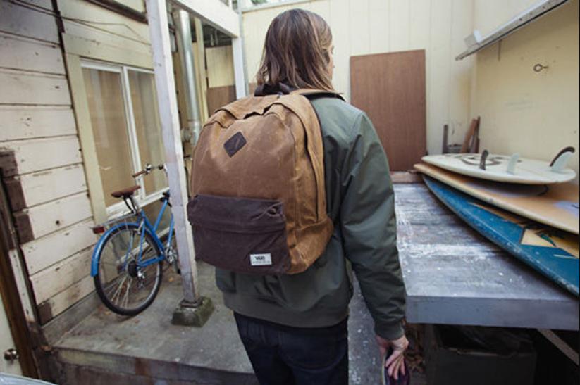 balo-vans-old-skool-plus-backpack-1