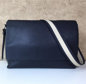 Coach F71726 – Màu Midnight